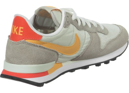 nike internationalist beige orange